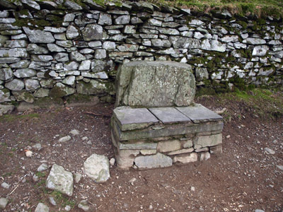 Coffin rest-stone