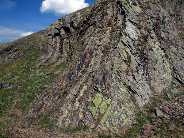 Rock exposure on Hatteringill Head