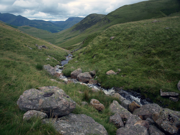 Outflow beck from Floutern Tarn looking towards Newlands Hause
