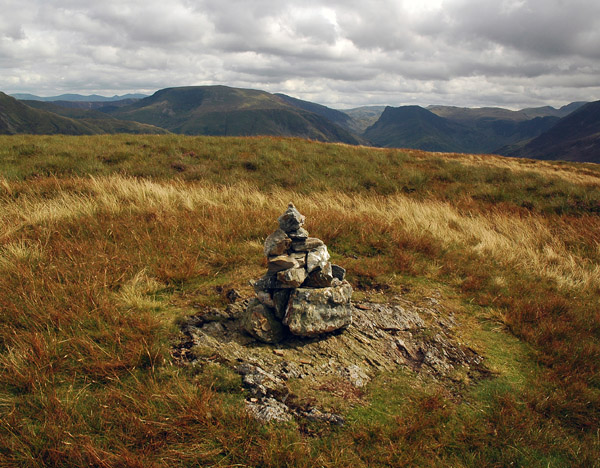South top cairn and summit of Mellbreak