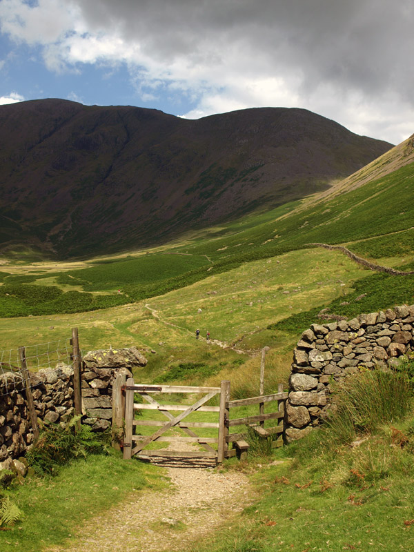 Bridleway to Black Sail Pass in Mosedale