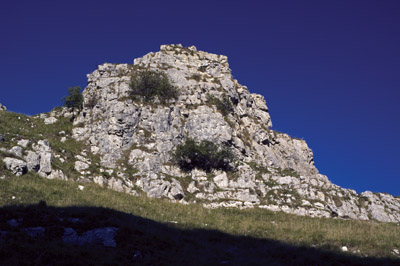 Rock tor on east side of Wolfscote Dale Dale