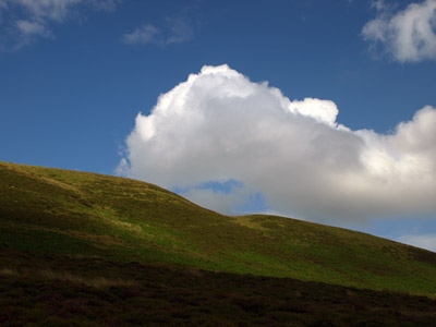 Tarnmonath cloud