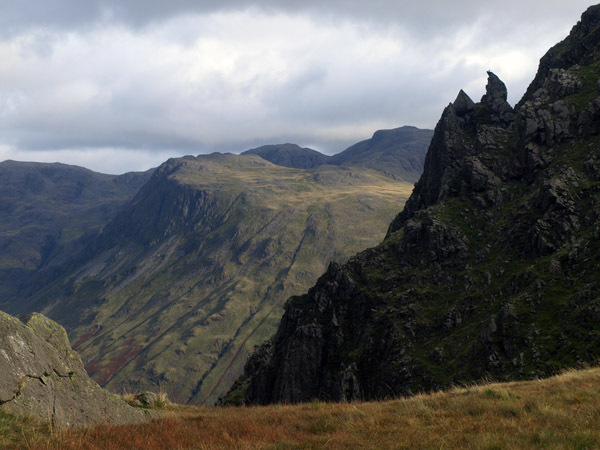 Fang of Stirrup Crag from Dore Head