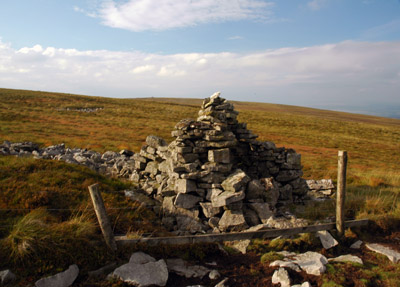 seat cairn Cold Fell
